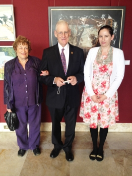 Elizabeth and Gary Wilson with Melanie Suzanne Wilson before OAM Luncheon new